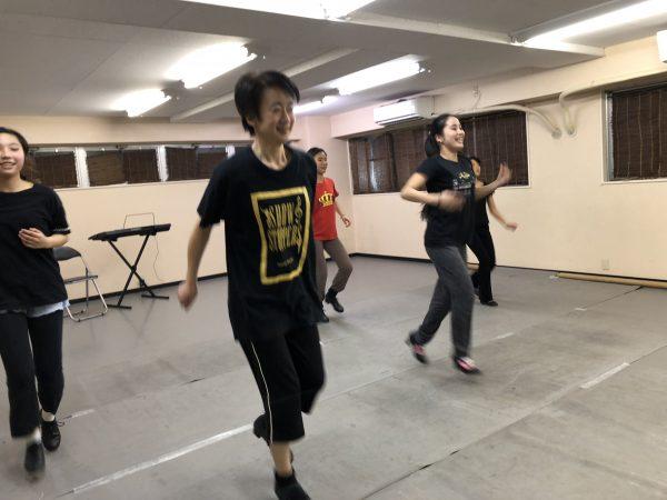 火曜日 タップダンス